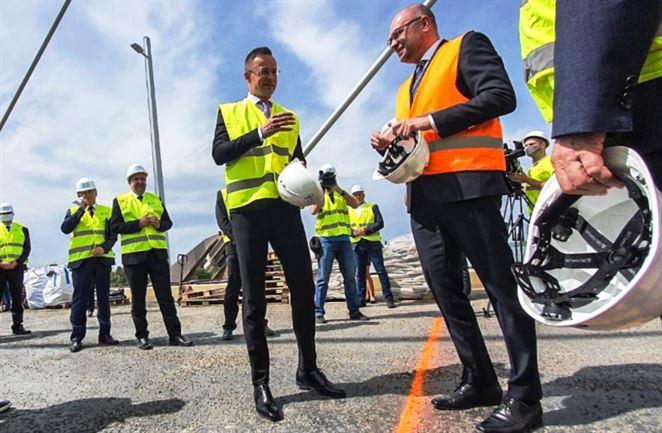 Sulík podporil navýšenie kapacity slovensko-maďarského plynovodu