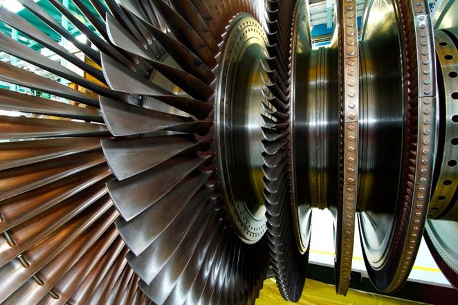 V Mochovciach roztočili turbínu tretieho bloku a spustili dva najväčšie motory v elektrárni