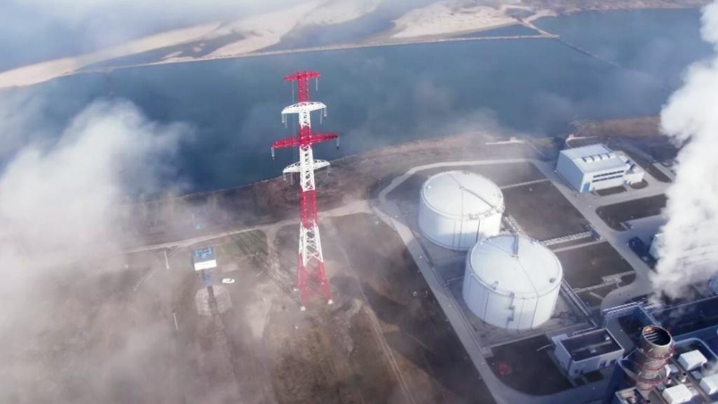 Masívny výpadok poľskej elektrárne potrápil prenosové sústavy. Blackout odvrátili