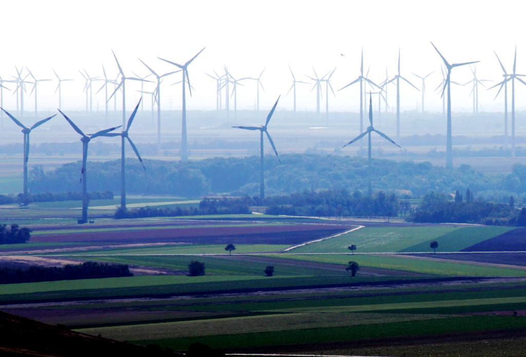 Na západnom Slovensku majú vyrásť veterné elektrárne, majú však konkurenta