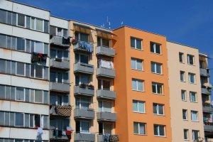 Dopyt po energetických certifikátoch budov rastie. Ceny bytov by však stúpať nemali