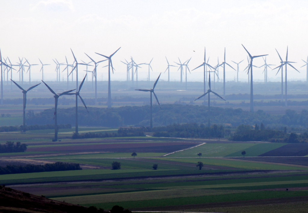 Veternej energii slabne ekonomický vietor
